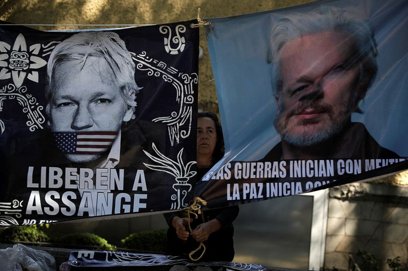 Protest in support of WikiLeaks founder Julian Assange, in Mexico City