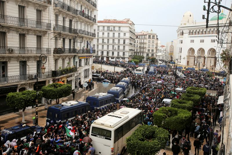 Algerian demonstrators rally to revive protest movement