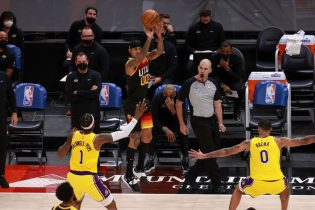 NBA roundup: Sizzling Jazz extend Lakers' skid