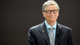 NEW YORK, NY - SEPTEMBER 20: Bill Gates spoke at Goalkeepers 2017, at Jazz at Lincoln Center on September 20, 2017 in New York City. (Photo by Jamie McCarthy/Getty Images for Bill & Melinda Gates Foundation)