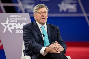 NATIONAL HARBOR, MD - FEBRUARY 28: Stephen Moore, Distinguished Visiting Fellow for Project for Economic Growth at The Heritage Foundation, has a conversation with Acting White House Chief of Staff Mick Mulvaney on stage at the Conservative Political Action Conference 2020 (CPAC) hosted by the American Conservative Union on February 28, 2020 in National Harbor, MD. (Photo by Samuel Corum/Getty Images)