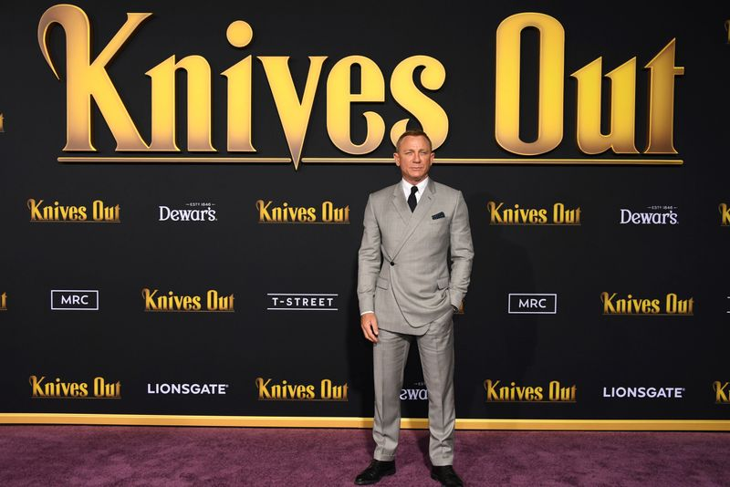 FILE PHOTO: Daniel Craig attends the premiere of