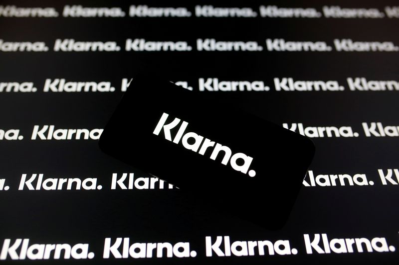 FILE PHOTO: A smartphone displays a Klarna logo in this illustration