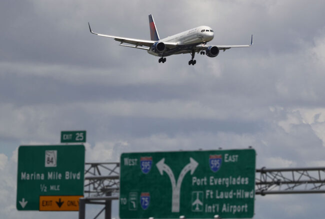 FORT LAUDERDALE, FL - JULY 14: A Delta airlines plane is seen as it comes in for a landing at the Fort Lauderdale-Hollywood International Airport on July 14, 2016 in Fort Lauderdale, Florida. Delta Air Lines Inc. reported that their second quarter earnings rose a better-than-expected 4.1%, and also announced that they decided to reduce its United States to Britian capacity on its winter schedule because of foreign currency issues and the economic uncertainty from Brexit. (Photo by Joe Raedle/Getty Images)