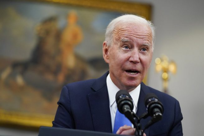 """Joe Biden speaks in the Roosevelt Room of the White House in Washington. Biden is asking U.S. intelligence agencies to """"redouble"""" their efforts to investigate the origins of the COVID-19 pandemic. (AP Photo/Evan Vucci)"""