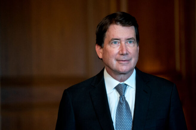 WASHINGTON, DC - NOVEMBER 09: Senator-elect Bill Hagerty (R-TN) meets with the media on November 9, 2020 in Washington, DC. The Senate is reconvening for the first time after the 2020 presidential election and a coronavirus relief package is high on their list of priorities. (Photo by Stefani Reynolds-Pool/Getty Images)