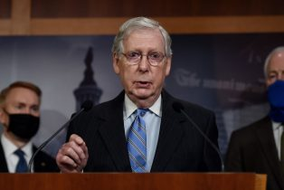 Republican Senate Majority Leader Mitch McConnell(R-KY) speaks during a news conference to announce that the Senate is considering police reform legislation, at the US Capitol on June 17, 2020 in Washington, DC. (Photo by Olivier DOULIERY / AFP) (Photo by OLIVIER DOULIERY/AFP via Getty Images)