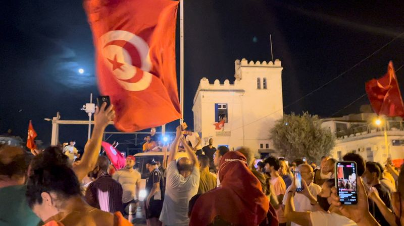 Protests in Tunisia after parliament was suspended