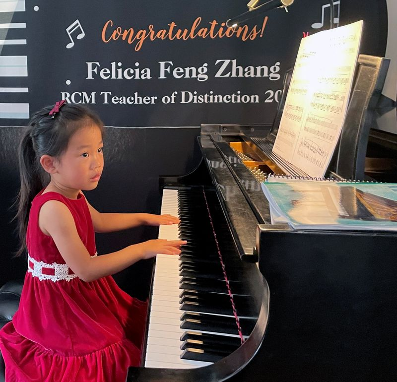 Meet a 4-year-old piano prodigy