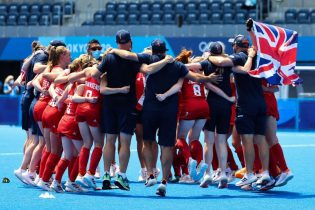 Olympics-Hockey-Britain win bronze after 4-3 victory over India