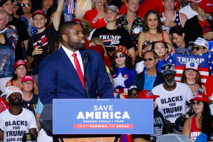 Rep. Byron Donalds (R-Fla.) speaks during a rally in Sarasota, Florida. (Photo by Eva Marie Uzcategui/Getty Images)