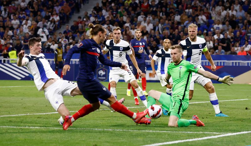 World Cup - UEFA Qualifiers - Group D - France v Finland