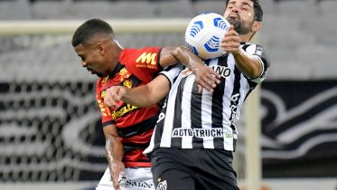 Soccer-Atletico Mineiro win again to stay top in Brazil