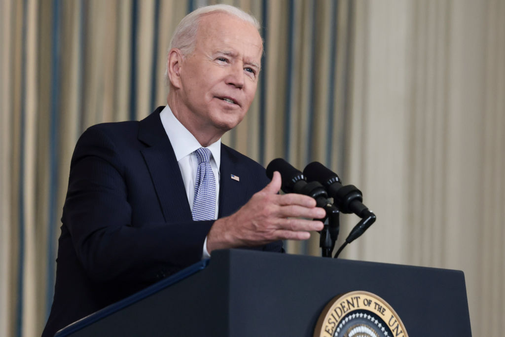 WASHINGTON, DC - SEPTEMBER 24: U.S. President Joe Biden gestures as he delivers remarks on his administration's COVID-19 response and vaccination program from the State Dining Room of the White House on September 24, 2021 in Washington, DC. President Biden announced that Americans 65 and older and frontline workers who received the Pfizer-BioNTech COVID-19 vaccine over six months ago will be eligible for booster shots. (Photo by Anna Moneymaker/Getty Images)