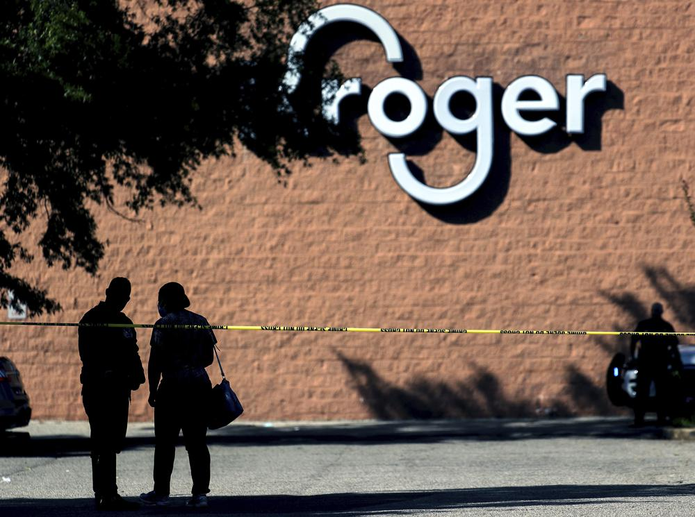 Police guard the crime scene following a shooting at a Kroger's grocery store in Collierville, Tenn., on Thursday, Sept. 23, 2021. (Patrick Lantrip/Daily Memphian via AP)