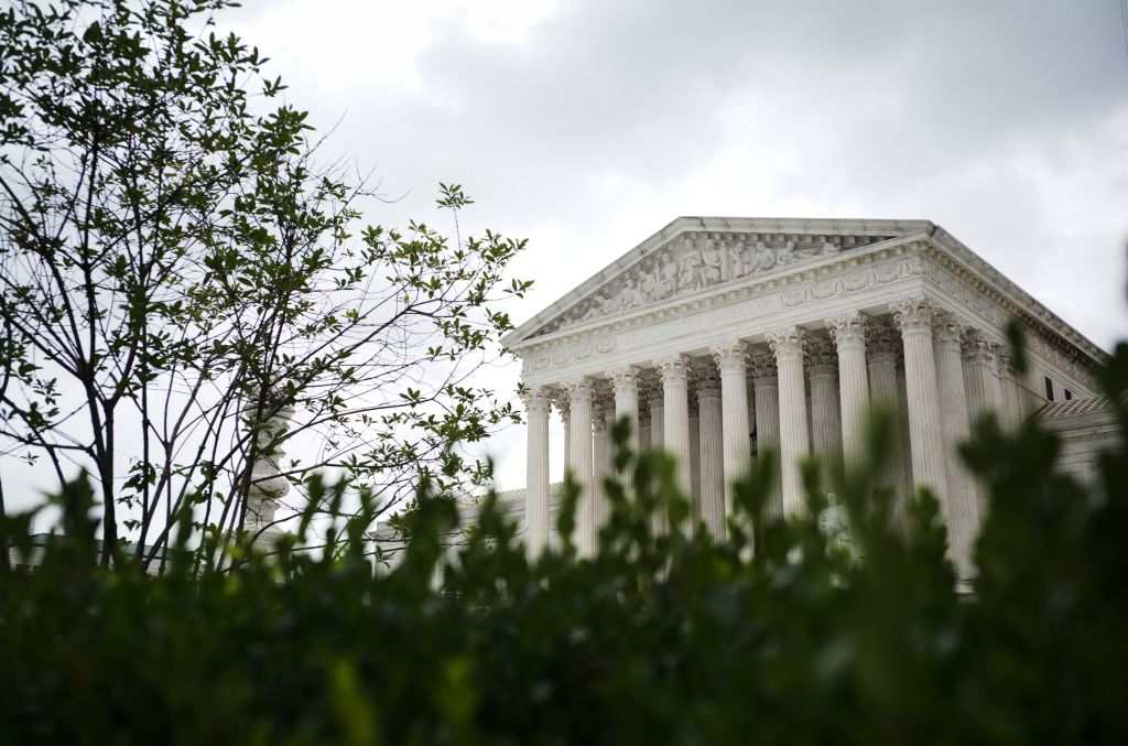 The US Supreme Court is seen in Washington, DC on September 1, 2021. - A Texas law that bans abortion after six weeks, before many women even know they are pregnant, took effect on September 1, 2021 after the Supreme Court failed to act on an emergency request to block it. Texas Governor Greg Abbott, a Republican, signed a bill in May that bans abortion once a fetal heartbeat can be detected, which is usually in the sixth week of pregnancy. (Photo by Mandel NGAN / AFP) (Photo by MANDEL NGAN/AFP via Getty Images)
