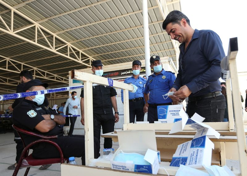 Early voting for Iraq's parliamentary elections in a special process, in Duhok