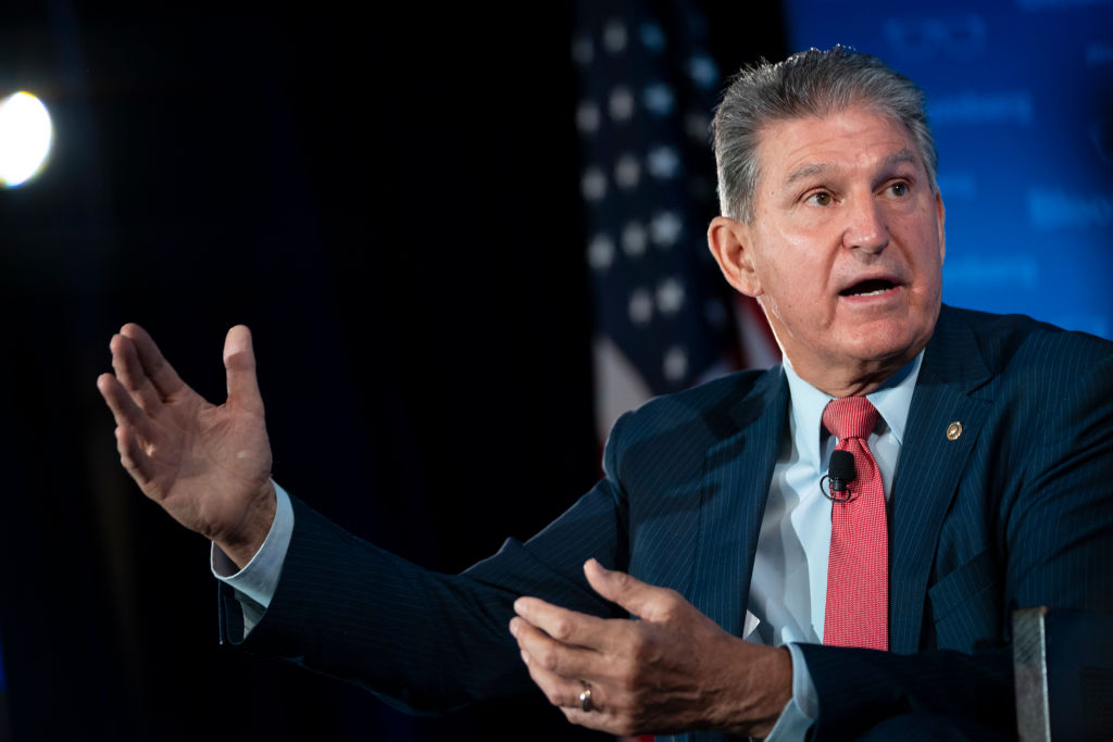 WASHINGTON, DC - OCTOBER 26: Sen. Joe Manchin (D-WV) speaks during an event with the Economic Club of Washington at the Capitol Hilton Hotel October 26, 2021 in Washington, DC. Manchin took questions about the bipartisan infrastructure bill, the Biden administration's Build Back Better Act and his policy priorities. (Photo by Drew Angerer/Getty Images)