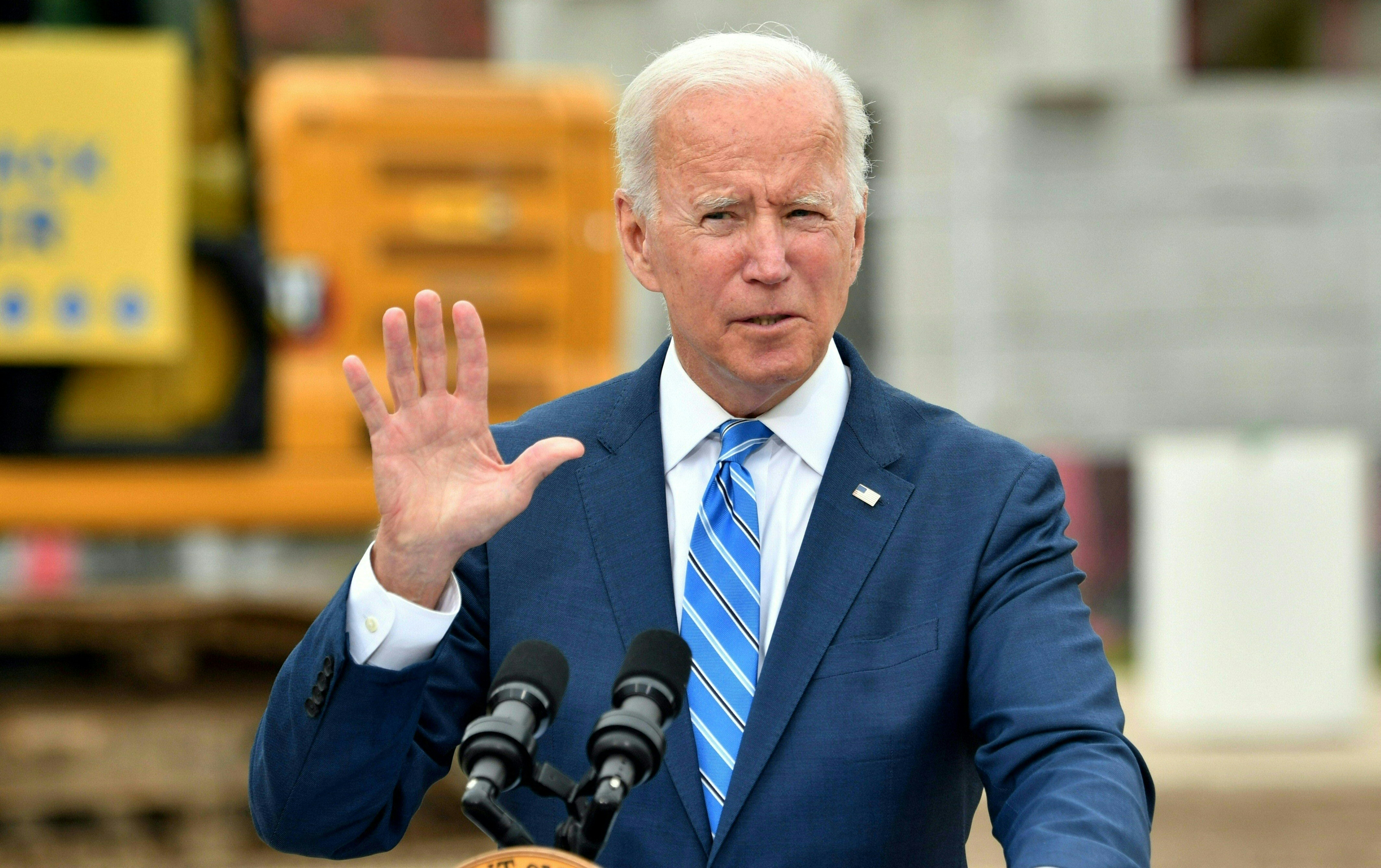 Joe Biden speaks about the bipartisan infrastructure bill and his Build Back Better agenda at the International Union of Operating Engineers Training Facility in Howell, Michigan, on October 5, 2021. (Photo by NICHOLAS KAMM/AFP via Getty Images)