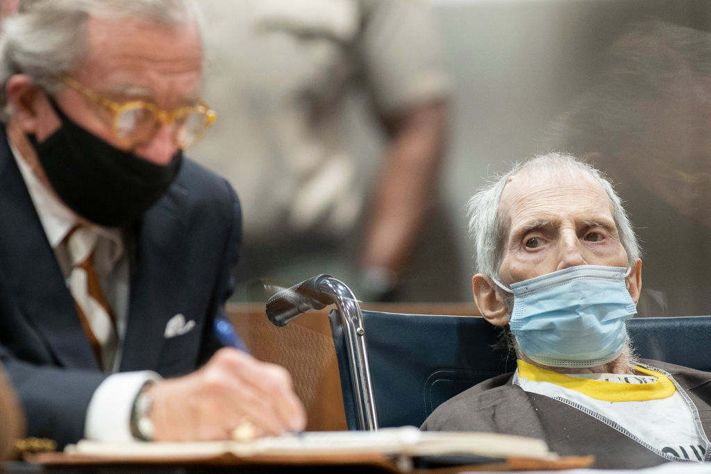 LOS ANGELES, CALIFORNIA - OCTOBER 14: Robert Durst (R), seated with attorney Dick DeGuerin, was sentenced to life without the possibility of parole on October 14, 2021 in Los Angeles, California. Durst was sentenced for the murder of Susan Berman in 2000. (Photo by Myung J. Chun-Pool/Getty Images)